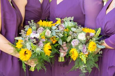 wedding flowers five bridge inn.jpg