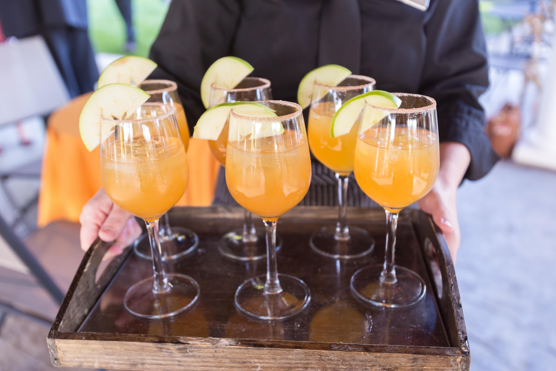 fall wedding cocktail cider.jpg