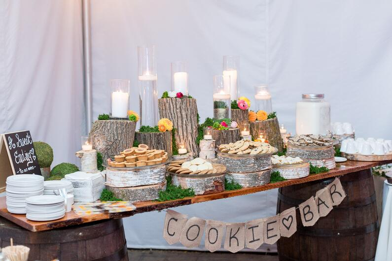 cookie bar wedding.jpg
