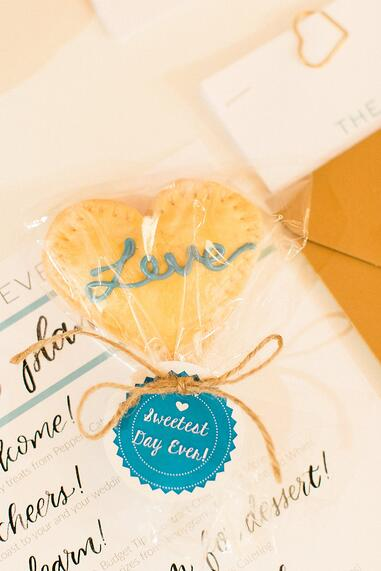 pie stick favors